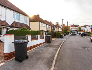 Veolia Sheffield UK | Black Bin Collection Service