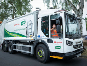 Veolia UK _ New waste management collection vehicles help improve recycling