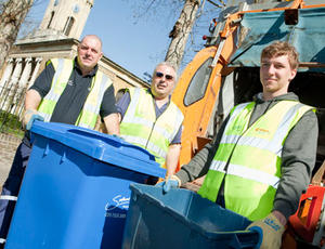 Veolia Southwark Recycling collection crew