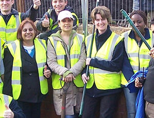 Veolia volunteers
